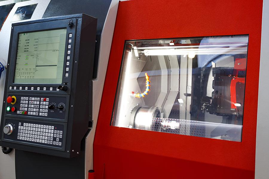 CNC Maschine für Elektrotechnik Dürnau